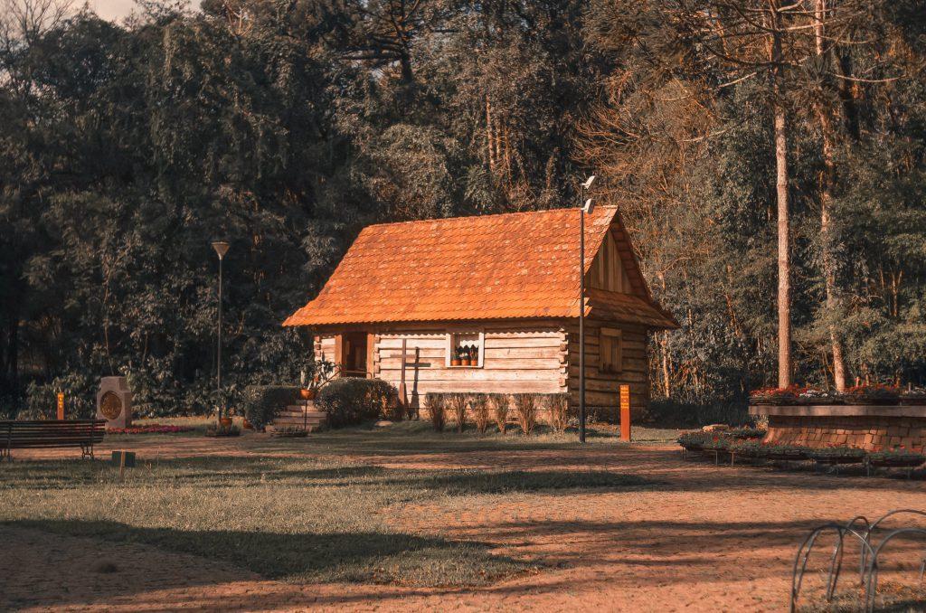 Къща в гората