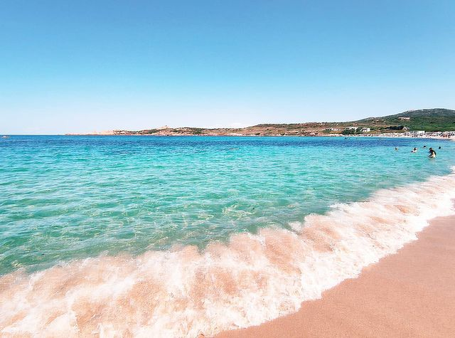 Красиво море