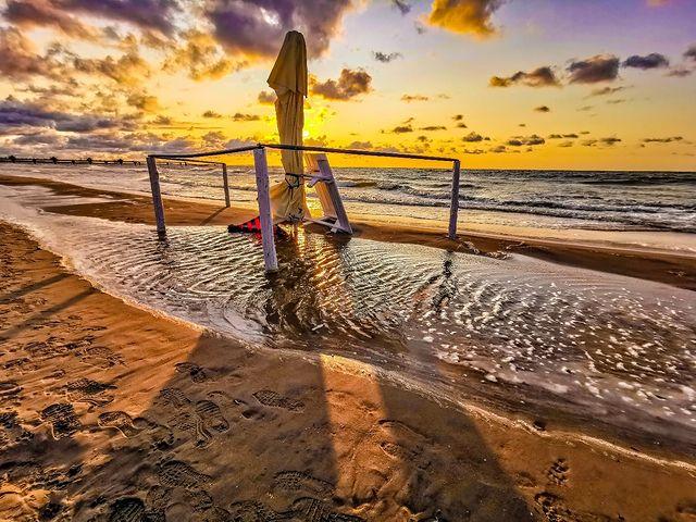Хубав плаж