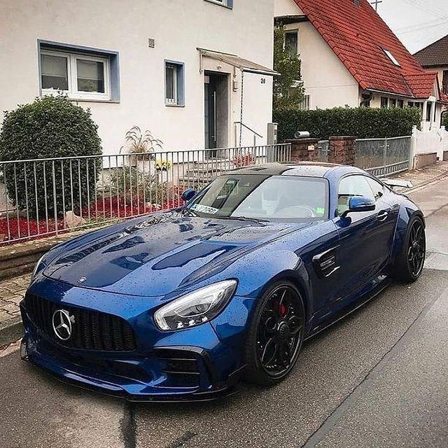 Син луксозен Mercedes