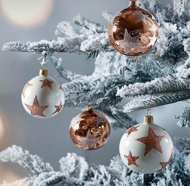 Коледни топки