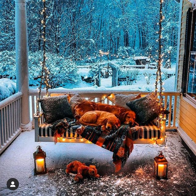 Коледна украса с фенери