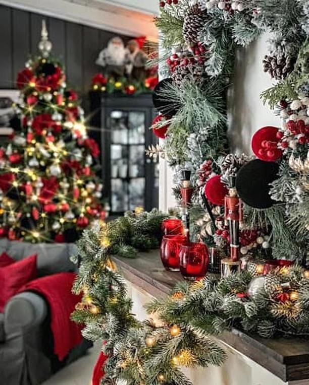 Коледна украса на стая